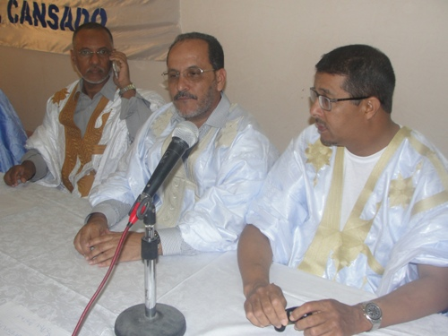 Au milieu, le DRH de la SNIM, à côté un cadre de la SNIM adjoint député UPR